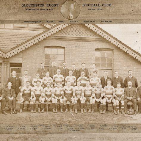 1909 - 1910 Team