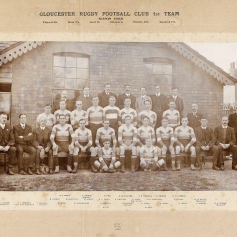 1910 - 1911 Team