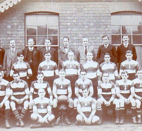 1913 - 1914 Team