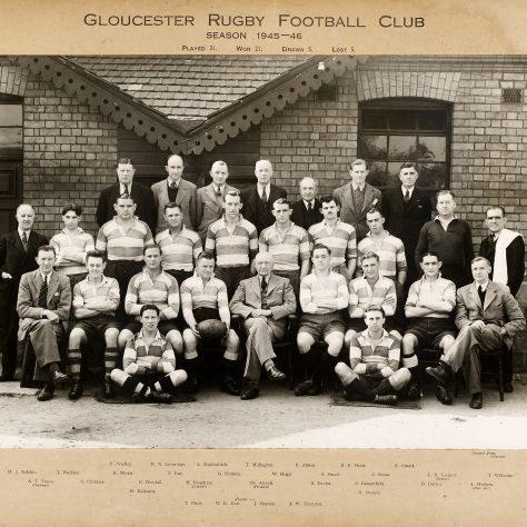 1945 - 1946 Team