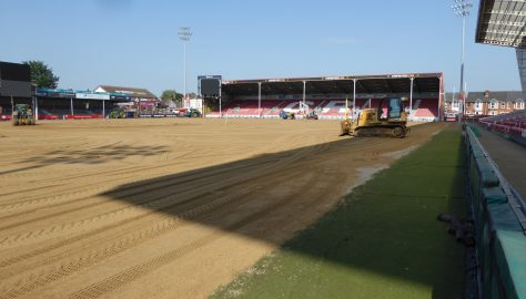 Day 16 - Wednesday 23 May - Sand spreading continues