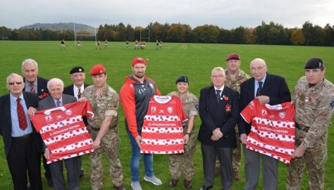 Gloucester Rugby Former Players present poppy shirts to local military