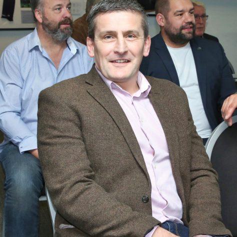 Anton Williams (Queens Head)    Simon Devereaux,   Fergus Farrell (Raging Bull Finance Director) | (c) Tony Hickey