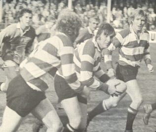 Brinn passes to Richardson, John Watkins in support 1974