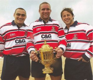 World Cup winners all: Woodman, Vickery and Gomarsall on the beach in Australia with the World Cup 2003